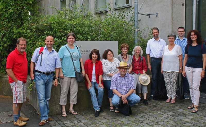 Pfarrkonvente besuchen Sepulkralmuseum in Kassel