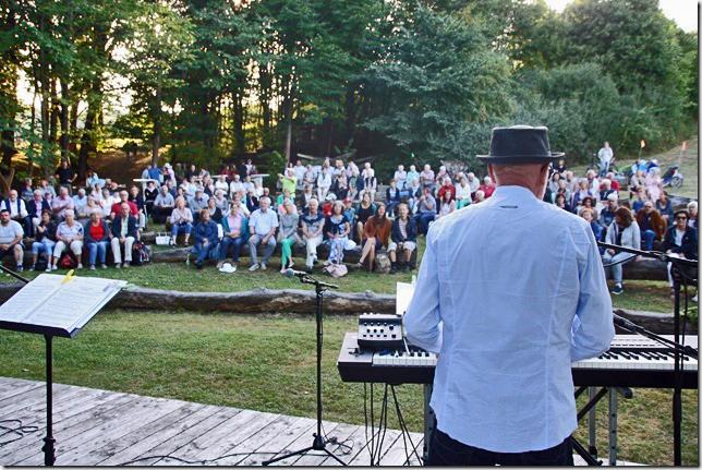 Über 300 Besucher beim Open-Air in Allendorf
